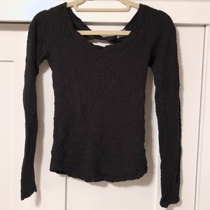 Textures long sleeve top with open back